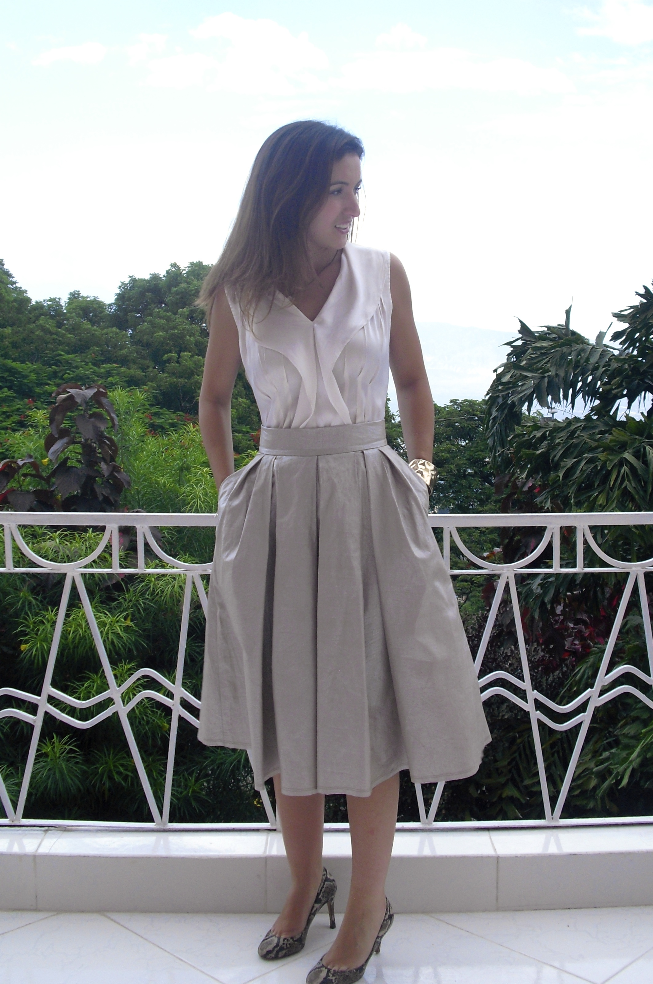 pleated skirt pattern sewing tidbits. Black Bedroom Furniture Sets. Home Design Ideas