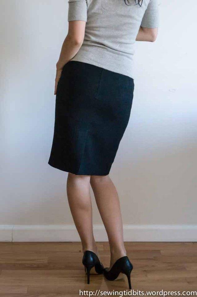 linedpencilskirt-2
